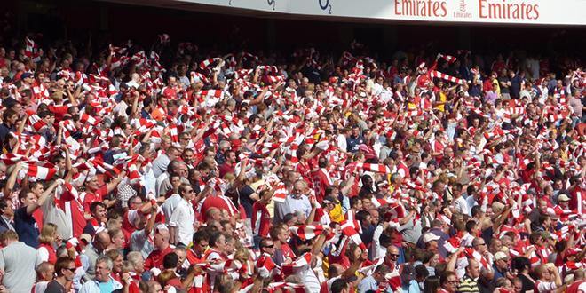 Football: L'Angleterre prévoit le retour des supporters