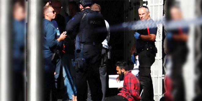 Australie: Une voiture fonce délibérément dans une foule