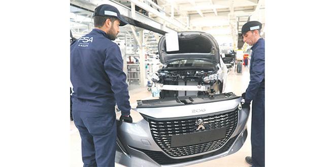 Automobile: Le marché français en chute libre