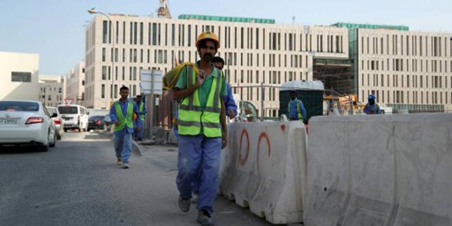 Qatar : Fin des autorisations de sortie pour les travailleurs étrangers