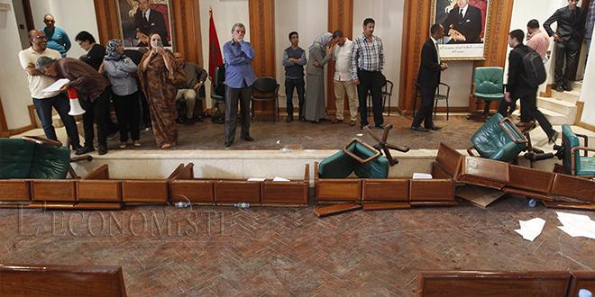 Rabat : Le maire et 7 élus interpellés par la wilaya