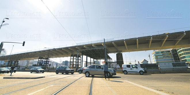 Carrefour Sidi Maârouf: L'échangeur négocie la phase la plus technique