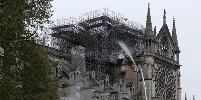 Notre-Dame : L'UMF et le CFCM appellent les musulmans à contribuerL'Union des mosquées de France (UMF) et le Conseil français du culte musulman (CFCM) ont appelé les musulmans à contribuer à l'effort national pour la reconstruction de la cathédrale Notre-