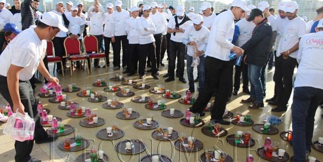 DIAPO/ Tanger accueille la 2e édition de la course des serveurs