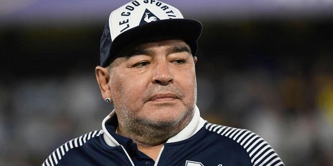 Foot: La légende Diego Maradona tire sa révérence
