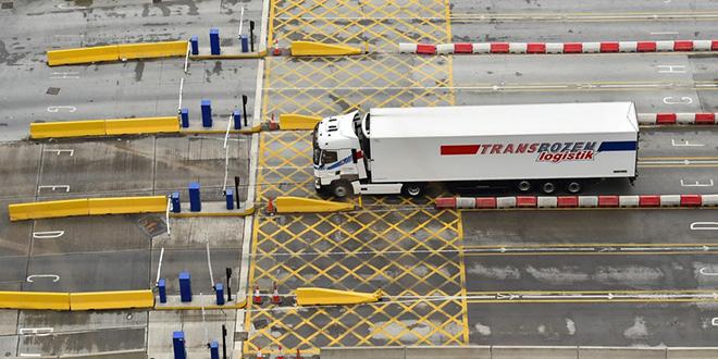"""Brexit : Londres taillera les droits de douane en cas de """"no-deal"""""""