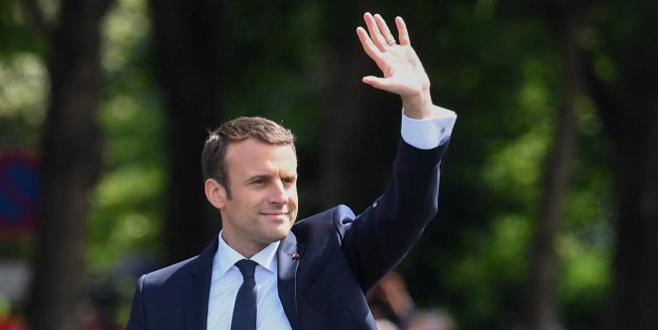 Macron à Athènes pour le sommet EU-MED