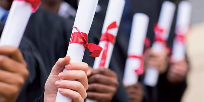 Enseignement supérieur: Plus de 2/3 des diplômés décrochent un emploi quatre ans après
