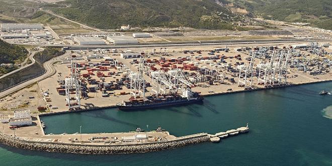 De nouveaux portiques de manutention pour Eurogate Tanger