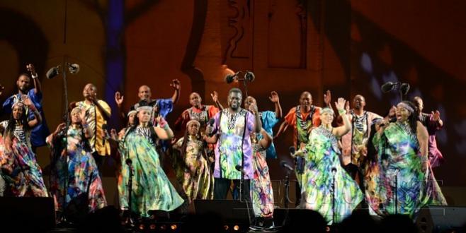 Diapo / Musiques sacrées : Tombée de rideau sous les couleurs du gospel