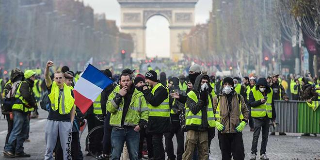 «Gilets jaunes» : le gouvernement appelle à ne pas manifester samedi