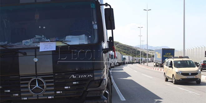 DIAPO/ Transport routier international : Les routiers protestent à Tanger