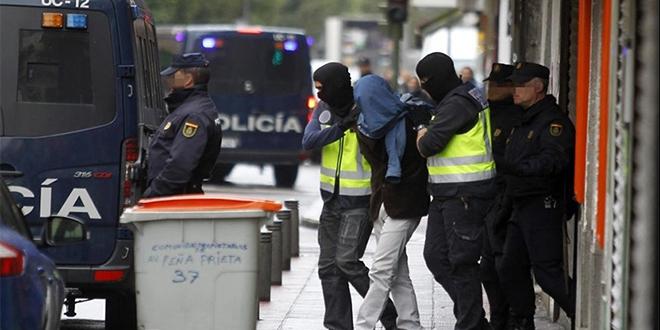 Espagne: La Guardia Civil arrête un Algérien pour trafic d'êtres humains et terrorisme