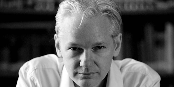 L'Equateur naturalise Julian Assange