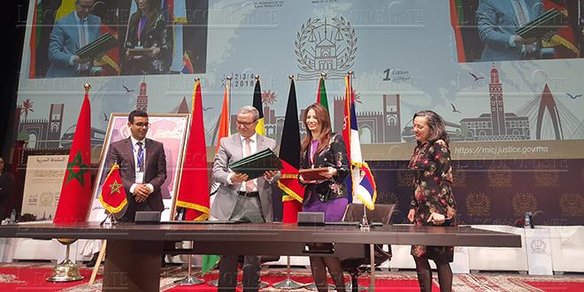 Justice: Signature d'une dizaine de conventions de coopération