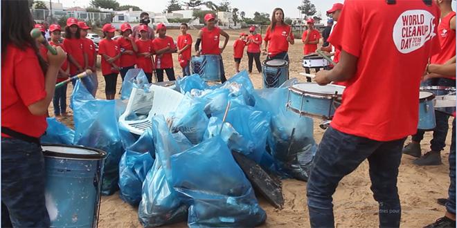 Label'Vie au World Clean Up Day