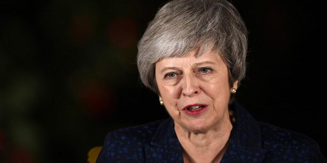 Theresa May remporte le vote de défiance