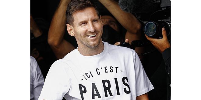 Messi signe au Paris Saint-Germain
