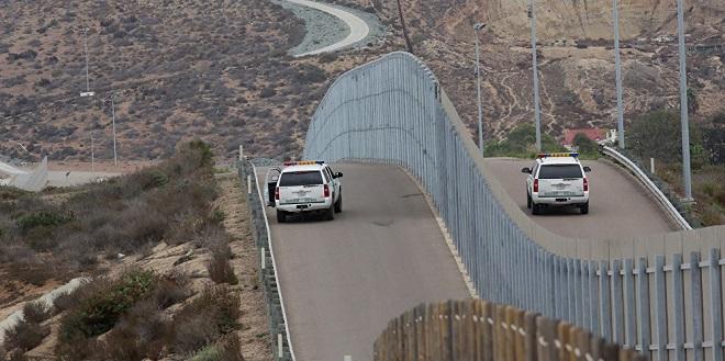 Mexique/USA : Nouvelles joutes verbales sur le mur de la discorde