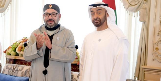 Le Roi s'entretient avec le prince héritier d'Abu Dhabi