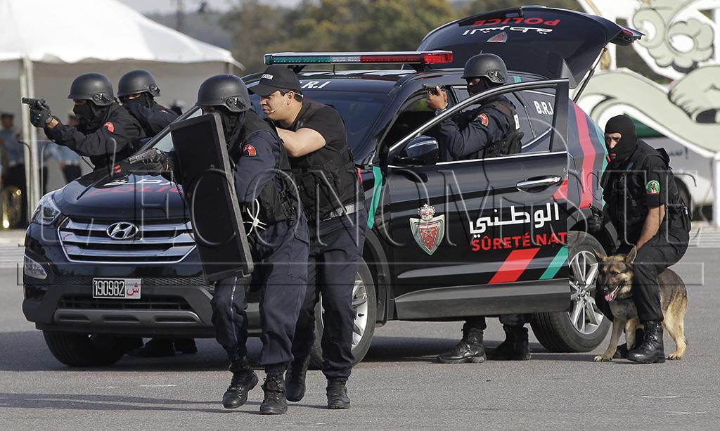 متابعة حصرية لفعاليات مؤتمر كوب 22 COP للمناخ بمراكش المغرب Nouveau_uniforme_police_ph_bz_18_copie