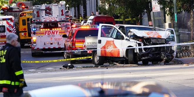 Incident au camion bélier à New York: au moins huit morts