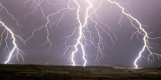 Météo: week-end orageux et plus frais