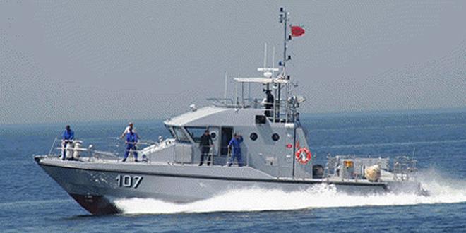 La Marine Royale porte assistance à un Palangrier au large d'El Jadida