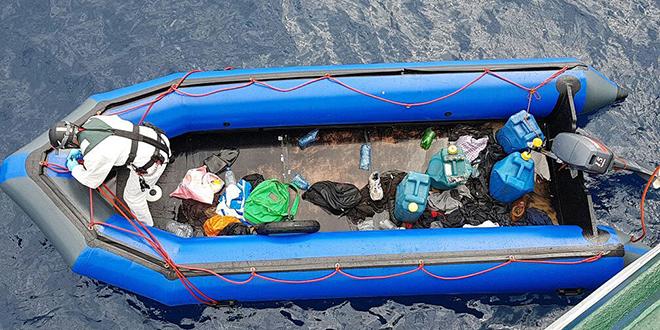 La Marine royale secourt plus de 200 migrants