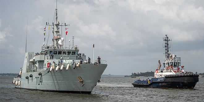 La Marine royale canadienne débarque à Casablanca