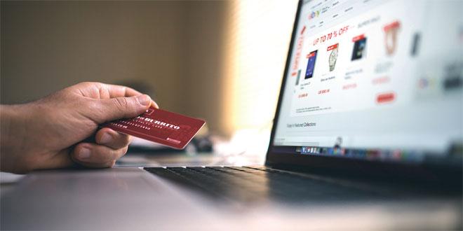 Sites marchands/e-marchands: Record des transactions par cartes bancaires en juillet