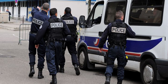 Terrorisme : Cinq arrestations en France