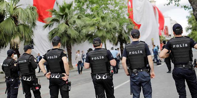 Turquie: peines de prison pour six journalistes