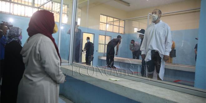 Les visites suspendues dans les prisons