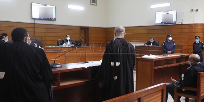Tenue de 333 audiences procès à distance