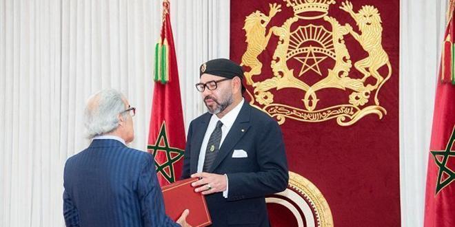 Le Roi Mohammed VI reçoit Wali Bank Al-Maghrib