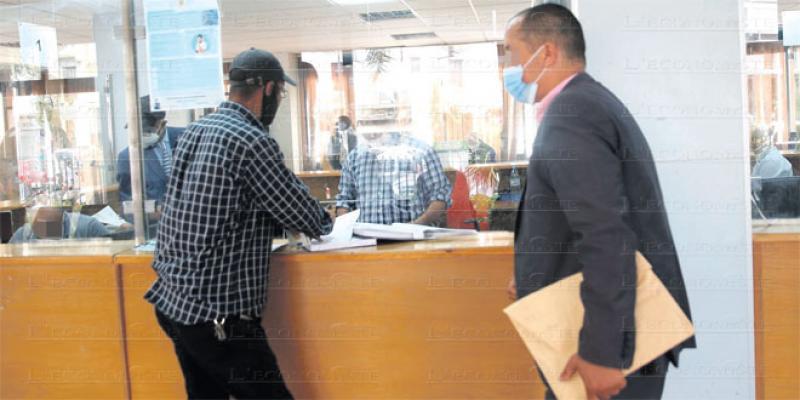 Administration: Coup d'accélérateur à la simplification des procédures