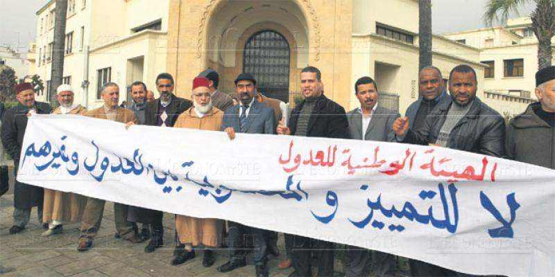 Rédaction d'actes: Les adouls militent pour leur indépendance