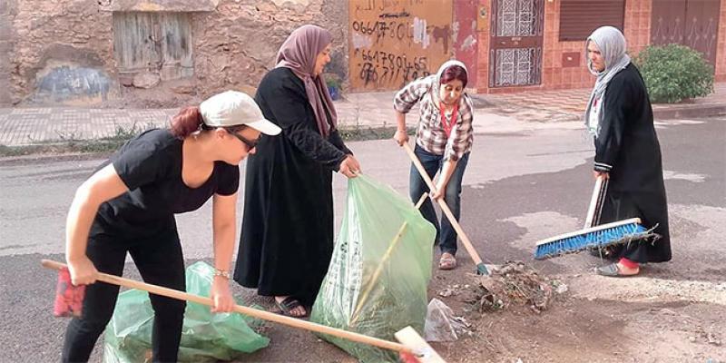 Ahfir Les associations féminines à pied d'œuvre