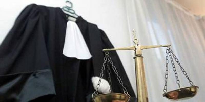 Avocats: La réforme de la profession accuse cinq ans de retard