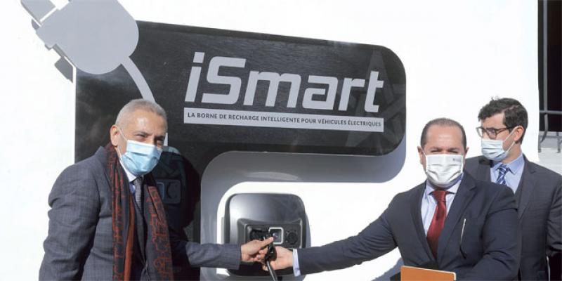 Voitures électriques: Des bornes de recharge 100% marocaines