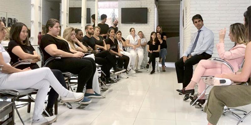 Au Brésil, la lutte contre la violence conjugale passe par les salons de beauté