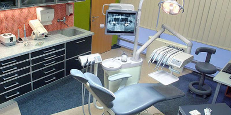 Les médecins dentistes veulent retourner au travail