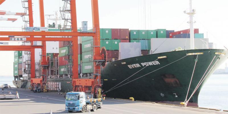 Commerce mondial: Les échanges au plus bas depuis une décennie
