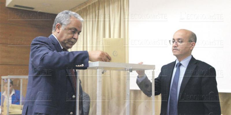 Conseil national de la presse: L'élection du président en priorité