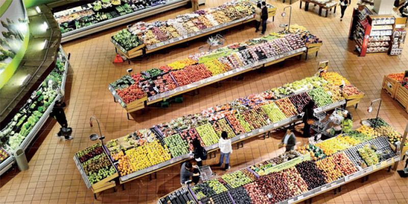 Consommation: Les ménages gardent le pied sur le frein