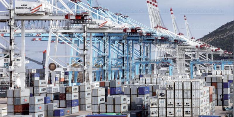 Baisse trompeuse du déficit commercial