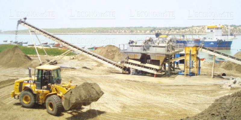 Comment le dragage a détruit la plage de Mehdia