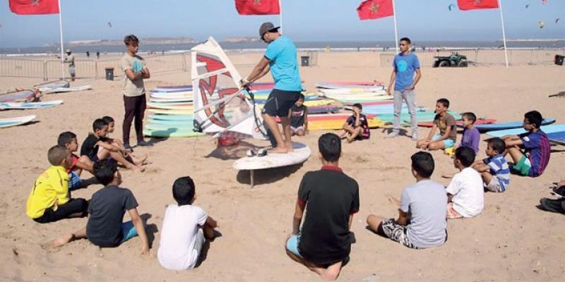 Essaouira: Les surfeurs marocains font honneur aux Alizés