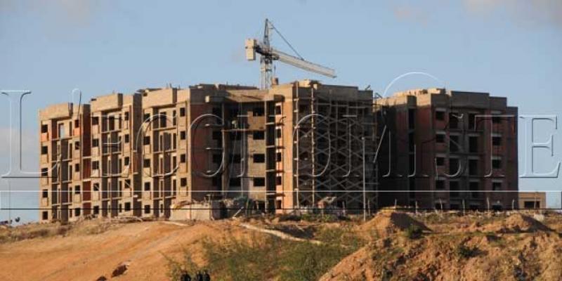 Immobilier: Les transactions chutent, mais les prix prennent de l'altitude